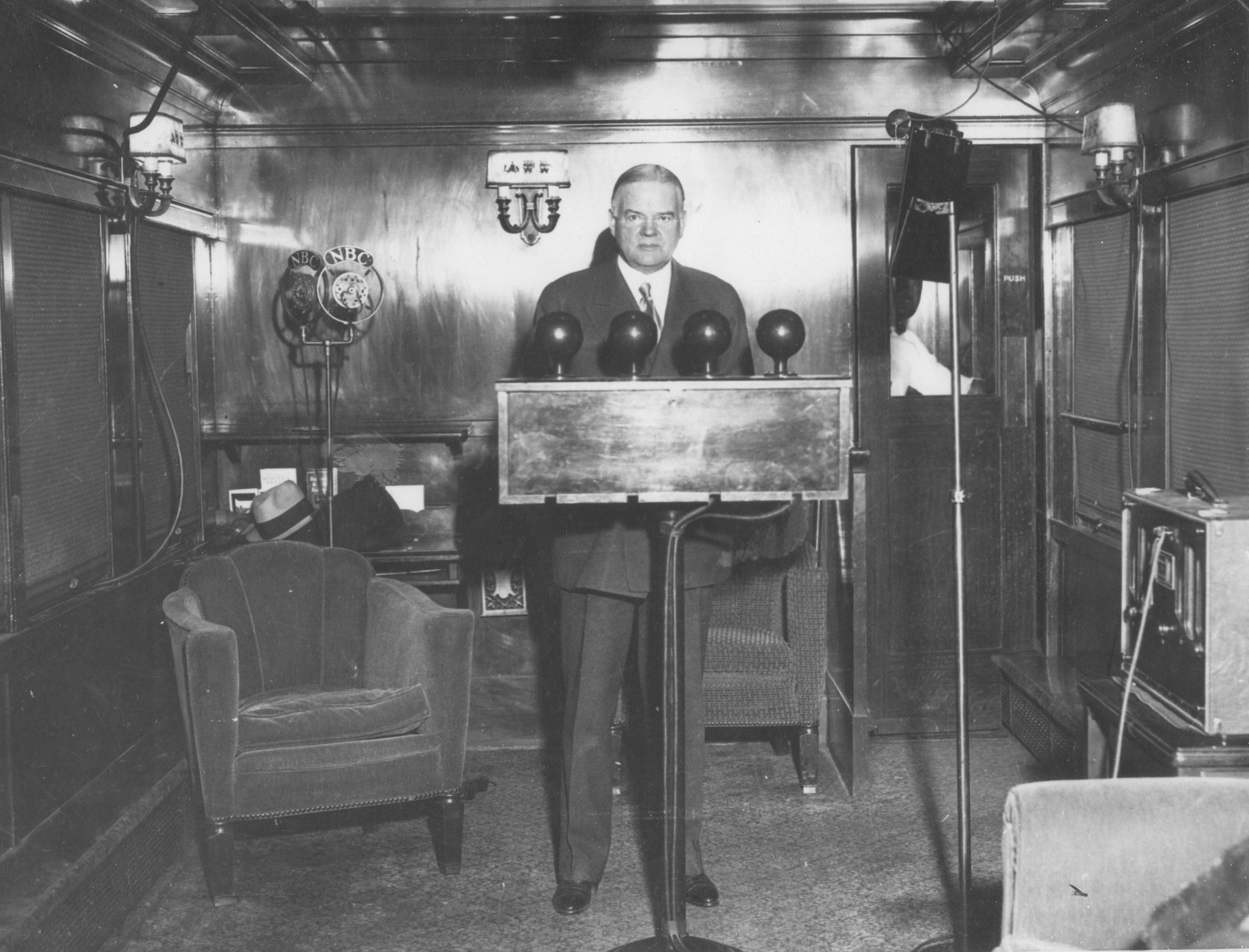 radio 1920 s Kdka on the air on the night of november 2, 1920, conrad and his westinghouse associates announced that warren g harding had defeated james cox to become the next.